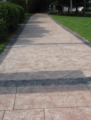 Rectangular Pattern Concrete Driveway Engraving
